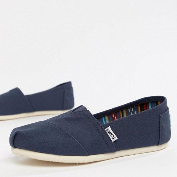 Toms Classic Navy Canvas Women's Shoes NIB Size 10